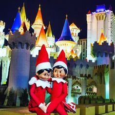 Visit Las Vegas in a private Limousine Tour of the Las Vegas Strip. Las Vegas Limo, Visit Las Vegas, Las Vegas Strip, Holidays 2017, Happy Holidays, Christmas 2017, Christmas Time, Elf On The Shelf, December