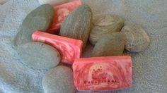 Σαπούνι ελαιολάδου, με βούτυρο καριτέ και καστορέλαιο και άρωμα λεβάντας!!!!!
