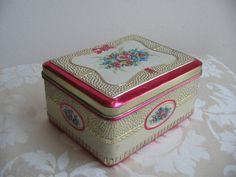 Vintage Floral Tin Metal Box from Holland by vintagenowandthen