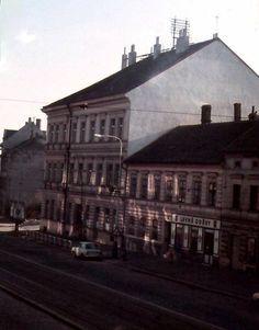 Břevnov, 70-80 léta Santa Maria, Old Pictures, Louvre, Building, Travel, Prague, Historia, Photography, Antique Photos