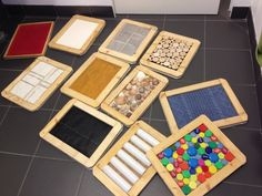 These tactile boards look like a simple DIY with wooden frames and materials with various textures. Montessori Baby, Montessori Activities, Infant Activities, Activities For Kids, Sensory Wall, Sensory Boards, Baby Sensory, Autism Sensory, Sensory Activities