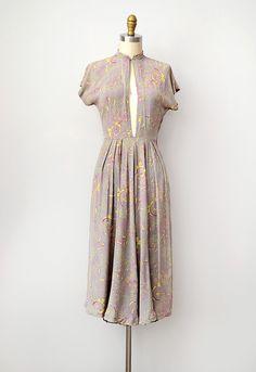 Women S Fashion Queen Street Vintage Inspired Outfits, Vintage Style Dresses, Vintage Outfits, Vintage Wardrobe, 1940s Fashion, Vintage Fashion, Simple Dresses, Summer Dresses, Vintage Clothing Online