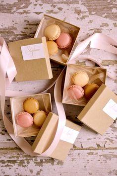 boxed macaron favours