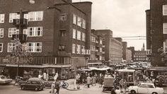 1960's. Open market at the Vespucci Straat in the Baarsjes, Amsterdam. #amsterdam #1960