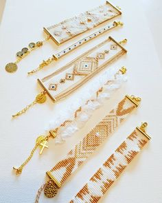 Appointment at Capsule Market from Wednesday April for the wedding showroom … Located 8 rue Richaud in Versailles Loom Bracelet Patterns, Bead Loom Bracelets, Bead Loom Patterns, Beading Patterns, Seed Bead Jewelry, Bead Jewellery, Beaded Jewelry, Embroidery Floss Bracelets, Miyuki Beads