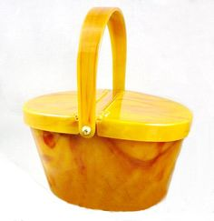 Vintage Purse Butterscotch Lucite by Josef RARE Picinic Hamper Style Change Purse and Mirror