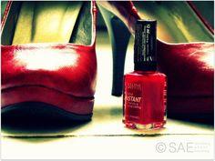 Czerwony - klasyka pewności siebie.