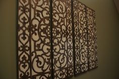 Cheap and easy wall art with plywood, stain, spray paint and a door mat for a stencil. Looks amazing. Diy Wall Art, Diy Wall Decor, Diy Home Decor, Wall Decorations, Home Projects, Home Crafts, Diy Crafts, Pop Art Bilder, Do It Yourself Design