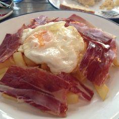 Huevos Rotos Con Jamon @ La Revoltosa, Madrid.  Great brunches here!
