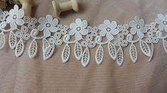 L-5m Bridal Lace Applique Floral Corded Wedding Motif White Lace Applique Trim