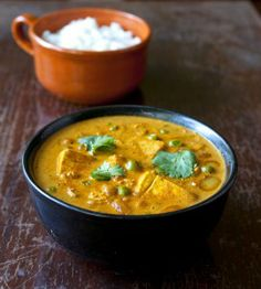 Tofu and Chickpea Curry with Green Peas