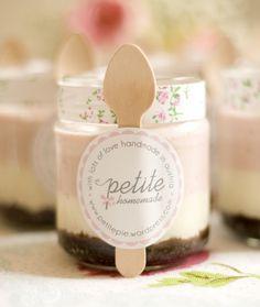 Oh, SweetMonday: Mini Neopolitan Cheescake im Gläschen Jar Packaging, Dessert Packaging, Bakery Packaging, Pretty Packaging, Packaging Design, Dessert Boxes, Dessert In A Jar, Catering, Cake