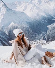 Winter chic – 2020 World Travel Populler Travel Country Winter Chic, Winter Style, Summer Chic, Winter Ootd, Snow Style, Autumn Style, Autumn Fall, Winter Photography, Photography Poses