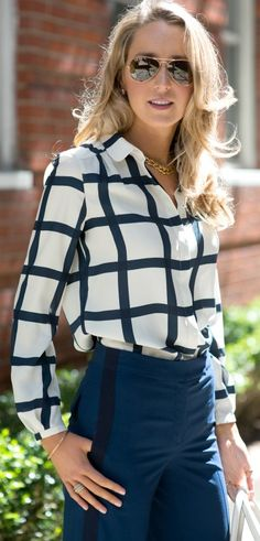 I have a windowpane-patterned top and wide-leg blue pants; pair with thong sandals = weekend outfit!