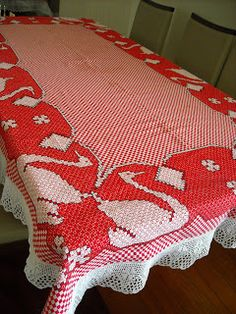 . Swedish Embroidery, Bird Embroidery, Chicken Scratch Embroidery, Bargello, Hand Crochet, Gingham, Needlework, Diy And Crafts, Quilts