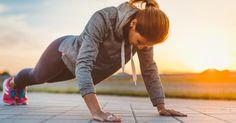 Perfektioniert diese vier Übungen, denn mehr braucht ihr nicht für einen schlanken straffen Körper.