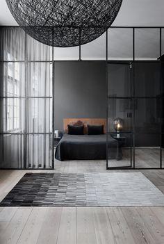 Leder Teppich I Fade I Linie Design I Erhältlich: https://plus.google.com/102978069136118801657/about