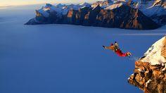 Extreme sport from rock climbing to mountain parachuting - Wallpaper