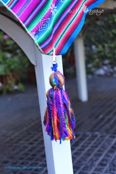 Diy Tassel, Tassels, Tablecloth Weights, Fru Fru, Tassel Necklace, Crochet Necklace, Mexican Designs, Textiles, Barbie Dream House