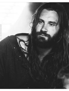 Vikings Lagertha, Norse Vikings, Ragnar, Rollo Lothbrok, Viking Series, Ivar The Boneless, Dread Hairstyles, Man Crush Everyday, Its A Mans World