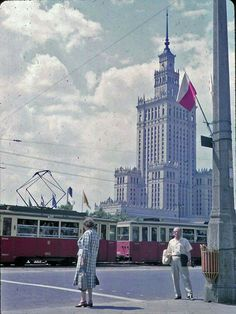 Marszałkowska, 1963 Warsaw City, Warsaw Poland, Socialist Realism, The Lost World, Vintage Travel, Retro Vintage, Cool Countries, Old City, Beautiful Buildings