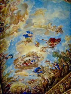 A Galeria de Luca Giordano (ou Salão dos Espelhos), é um ambiente no primeiro andar do monumental Palazzo Medici Riccardi , em Florença , que abriga um ciclo de afrescos da abóbada feita por Luca Giordano entre 1682 e 1685 .  http://sergiozeiger.tumblr.com/post/86848510413/a-galeria-de-luca-giordano-ou-salao-dos