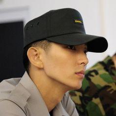 Lee Jun Ki ... in the army ...