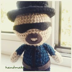 Say my name !  #handmake #handmade #crochet #amigurumi #handsomeboy #walterwhite #breakingbad #toy #etsy #etsyfind #gift #волтервайт #брейкинбэд #вовсетяжкие #амигуруми #ручнаяработа #игрушка #сувенир