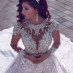 Latest 2017 Luxury Beading Long Sleeve Muslim Wedding Gowns With Long Train Sequined Lace Wedding Dresses Turke Robe De Mariage