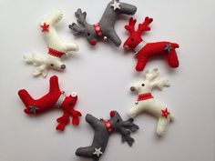 Reindeer Christmas felt garland by PuddlesandMeme on Etsy