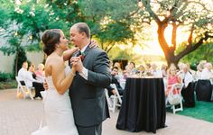 Ben Q. Photography | Cakewalk Bake Shop | Holly Viles Design | Uptown Sound | Embrace the Day Events | Concepts by Anastasia | Gil's Elegant Catering | Dallas Arboretum #DallasWedding
