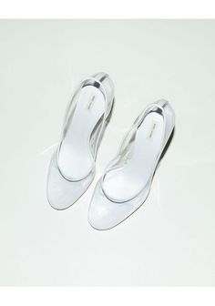MARC JACOBS TRANSPARENT PUMPS  my dream wedding glass slippers<3