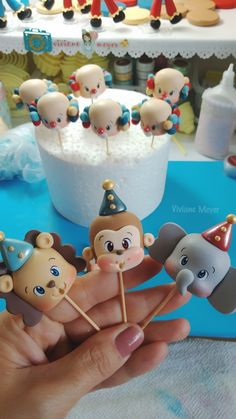 1st Birthday Cakes, Baby First Birthday, Fondant People, Carnival Themed Party, How To Make Scrapbook, Animal Cupcakes, Rolling Fondant, Fondant Icing, Clay Baby