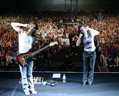 Sandy & Jr em turnê no Japão, em 2004 (Foto: Divulgação)