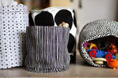 You searched for label/Käsityö ja DIY-ohjeet - Lähiömutsi Easy Diy Crafts, Crafts For Kids, Diy Box, Marimekko, Home Textile, Diy Gifts, Diy Home Decor, Weaving, Textiles