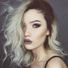 Pin for Later: Diese 15 Mädels beweisen: Graue Haare sind gar nicht schlimm! Trend-Haarfarbe Grau