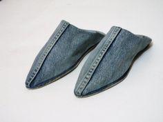 Slipper , babouche benim ,unisex, handmade .  slippers pointed ,denim , Handmade, very soft for men and for women .  for, chonges a bit