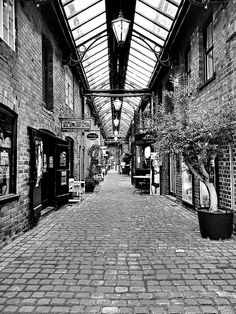 Getcliffes Yard - Leek [Over 9000 views! Raven Photography, Places In England, Alleyway, Shopping Street, England And Scotland, Stoke On Trent, Yard, History, Pictures