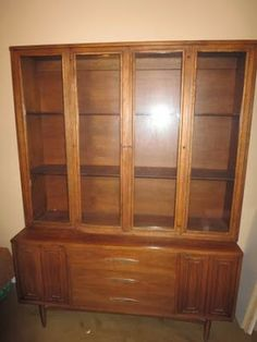 Sculptra By Broyhill Premier China Cabinet