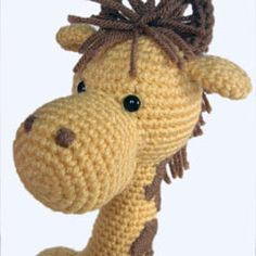 giraffe pattern.. adorable. I know someone who would love this! :)