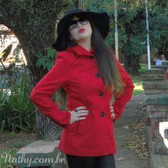 Look do dia com meu casaco vermelho poderoso da VerBella. Em breve mais fotos no blog! #lookdodia #nathycombr #verbella