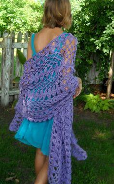 feminine hairpin lace shawl byrobinleeshaw