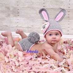 Newborn Crochet Patterns Newborn Hat + Diaper Blankets Crochet Clothes Gray Photo Prop Rabbit Costume in Baby, Clothes Baby Knitting Patterns, Hand Knitting, Crochet Patterns, Crochet Ideas, Knitting Wool, Crochet Rabbit, Crochet Bebe, Crochet Animal Hats, Crochet Hats