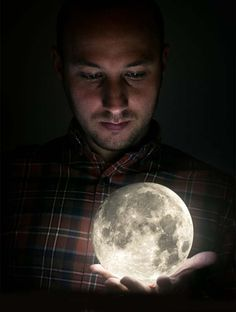 Creative Full Moon on Hand Manipulation Photoshop Tutorial