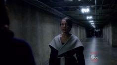 Olivia Pope's Black Max Mara Reversible Belted Coat from Scandal - Season 5 Episode 6 | TheTake