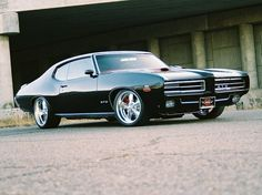 Well, you just can't ever get enough 69 GTO pics.