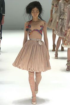 S/S 2005 Ready-To-Wear Collection