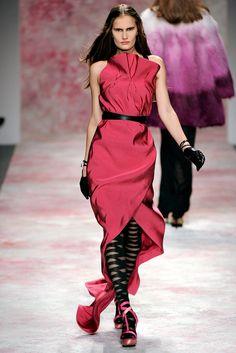 Prabal Gurung Fall 2011 Ready-to-Wear Fashion Show - Alla Kostromichova