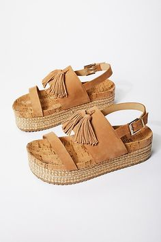 freepeople Shoes World, Fall Shoes, Summer Shoes, Strappy Sandals, Sport  Sandals 23d77d61ce