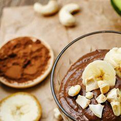 9 Receitas fitness e fáceis de fazer: Receita de musse de abacate com cacau